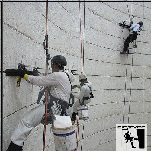 Acesso por corda industrial