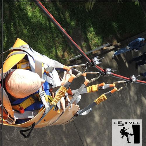 Curso de acesso por corda