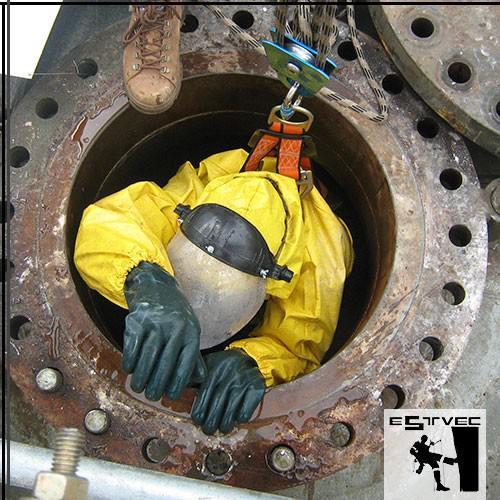 Resgatista para trabalho em espaço confinado