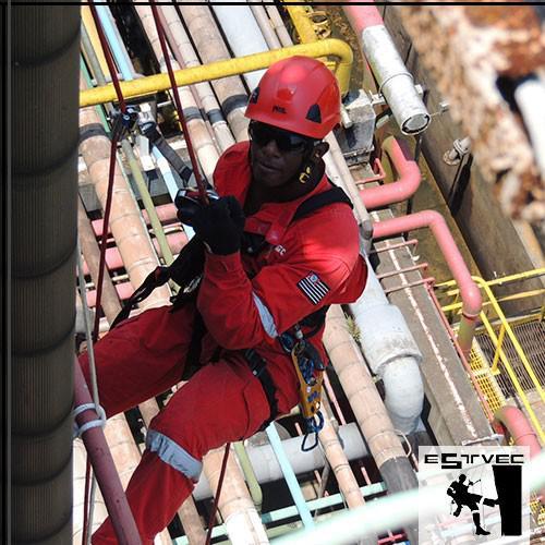 Serviço de alpinismo industrial