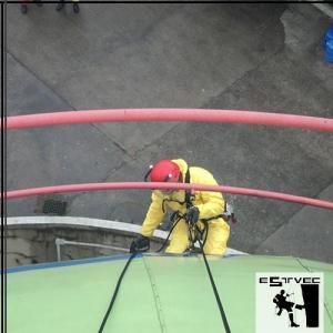 Acesso por corda na área pedrial